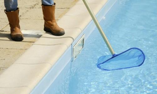 entretien-piscine1415799048